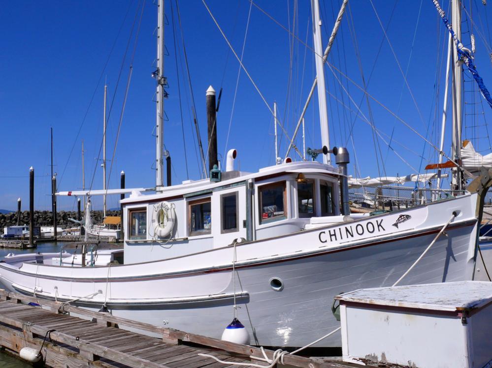 Chinook garden designed heavy cruiser for William garden sailboat designs