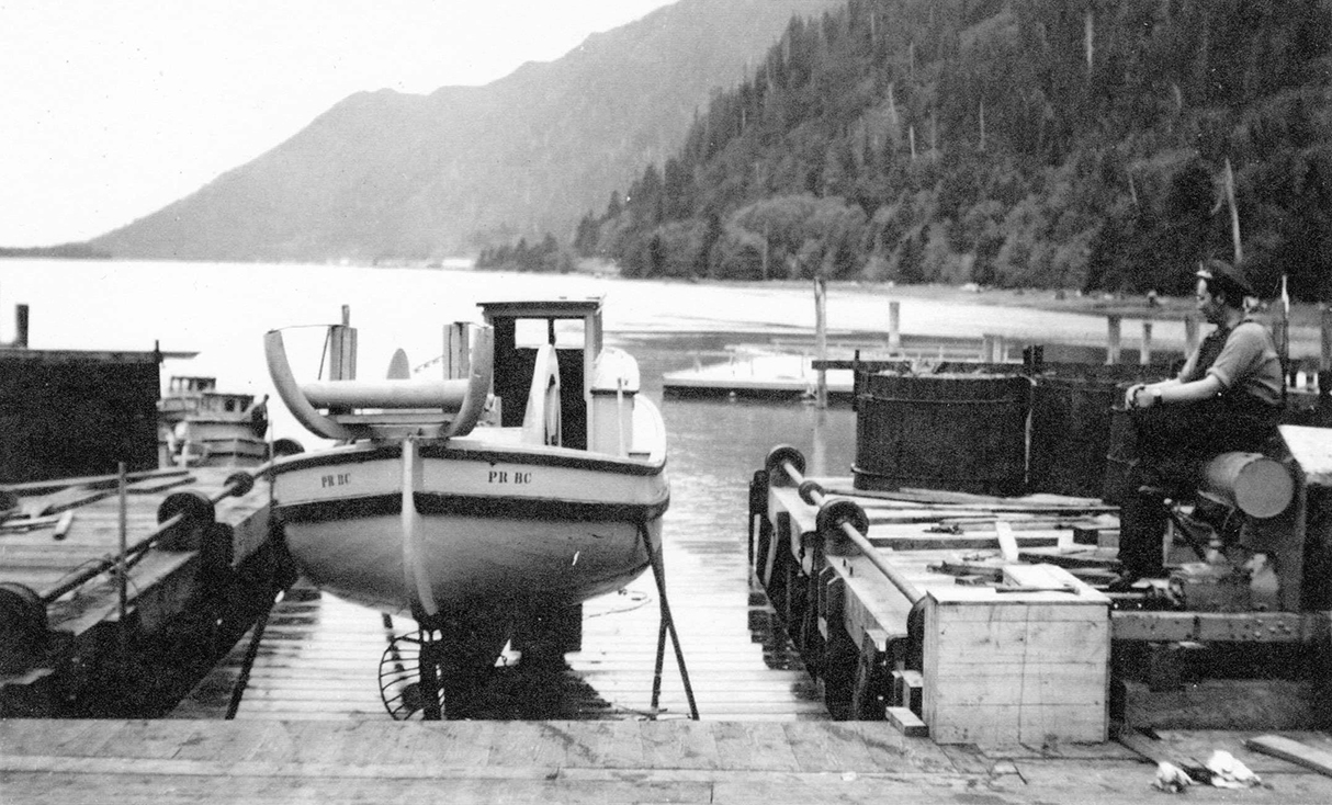 Boat hoist at Cassiar